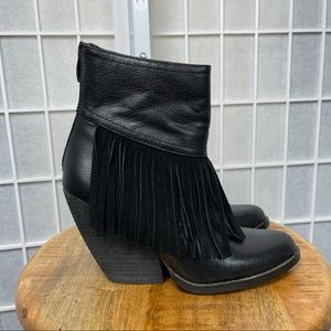 Very Volatile Women's Black Leather Ankle Boots